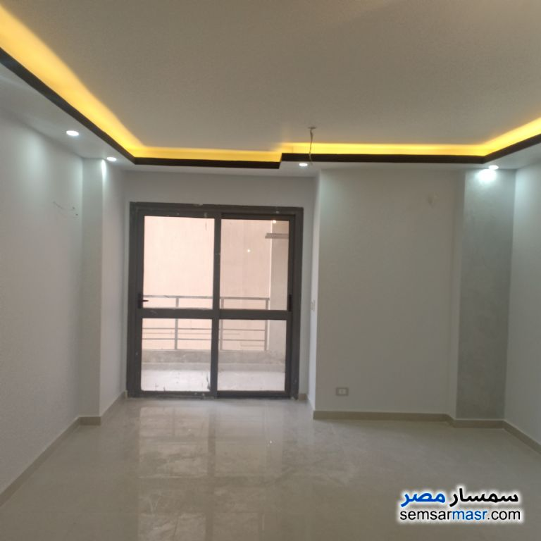 Photo 6 - Apartment 2 bedrooms 1 bath 114 sqm extra super lux For Sale Nasr City Cairo