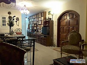Ad Photo: Apartment 2 bedrooms 1 bath 115 sqm super lux in Mokattam  Cairo
