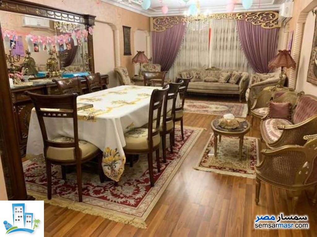 Ad Photo: Apartment 3 bedrooms 1 bath 120 sqm in New Nozha  Cairo