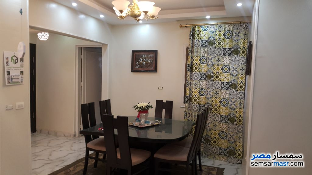 Photo 1 - Apartment 3 bedrooms 1 bath 120 sqm extra super lux For Sale Heliopolis Cairo