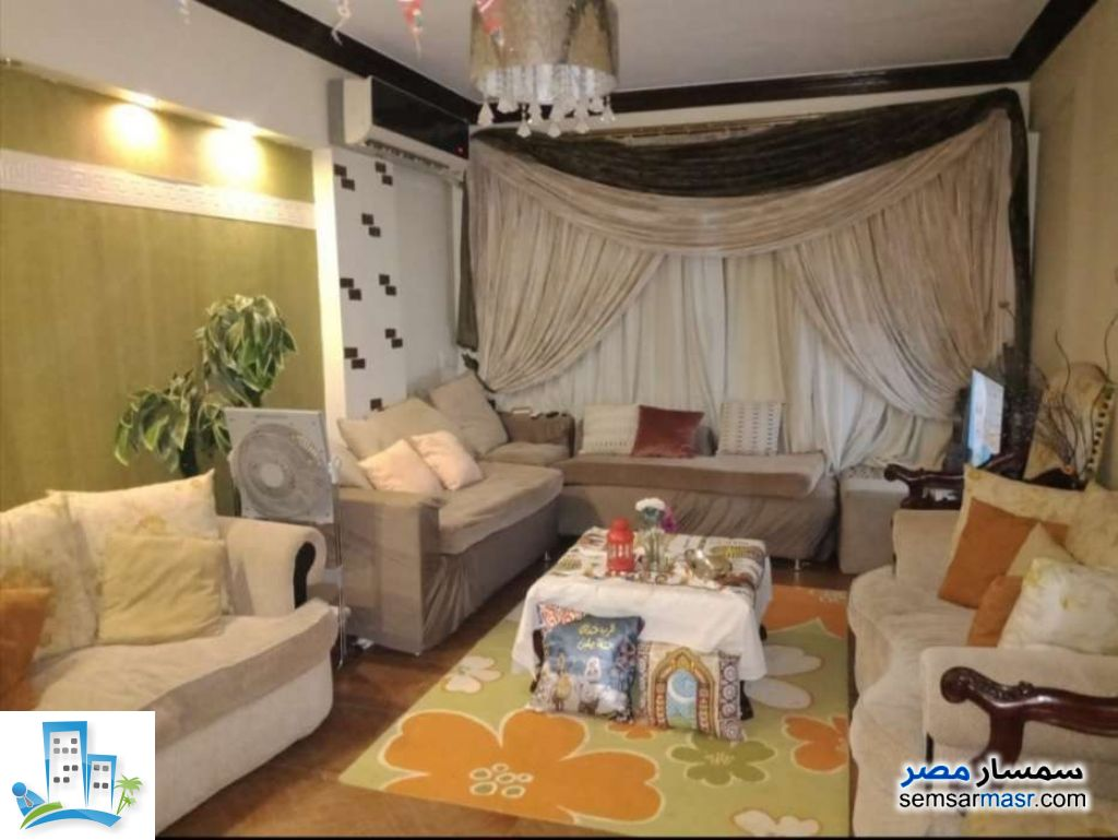 Ad Photo: Apartment 2 bedrooms 1 bath 120 sqm extra super lux in Al Salam City  Cairo