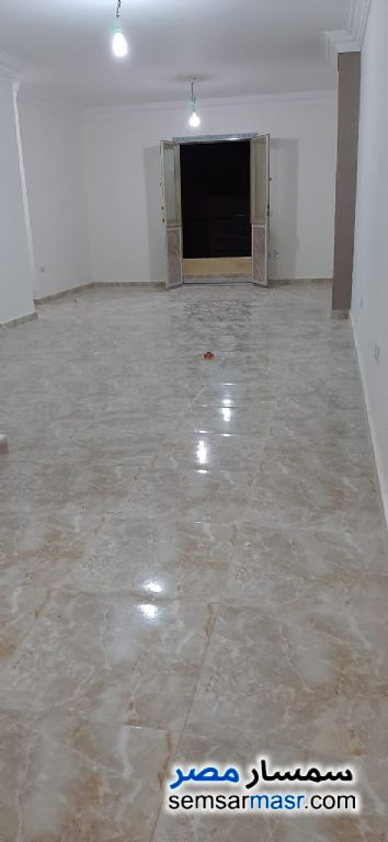 Ad Photo: Apartment 2 bedrooms 2 baths 125 sqm extra super lux in El Ubour City  Qalyubiyah