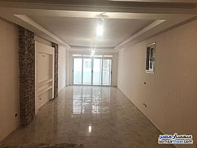 Ad Photo: Apartment 2 bedrooms 1 bath 125 sqm super lux in Marg  Cairo