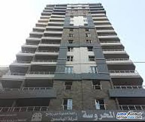 Ad Photo: Apartment 3 bedrooms 2 baths 125 sqm extra super lux in Moharam Bik  Alexandira