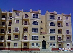 Ad Photo: Apartment 3 bedrooms 2 baths 126 sqm semi finished in Shorouk City  Cairo