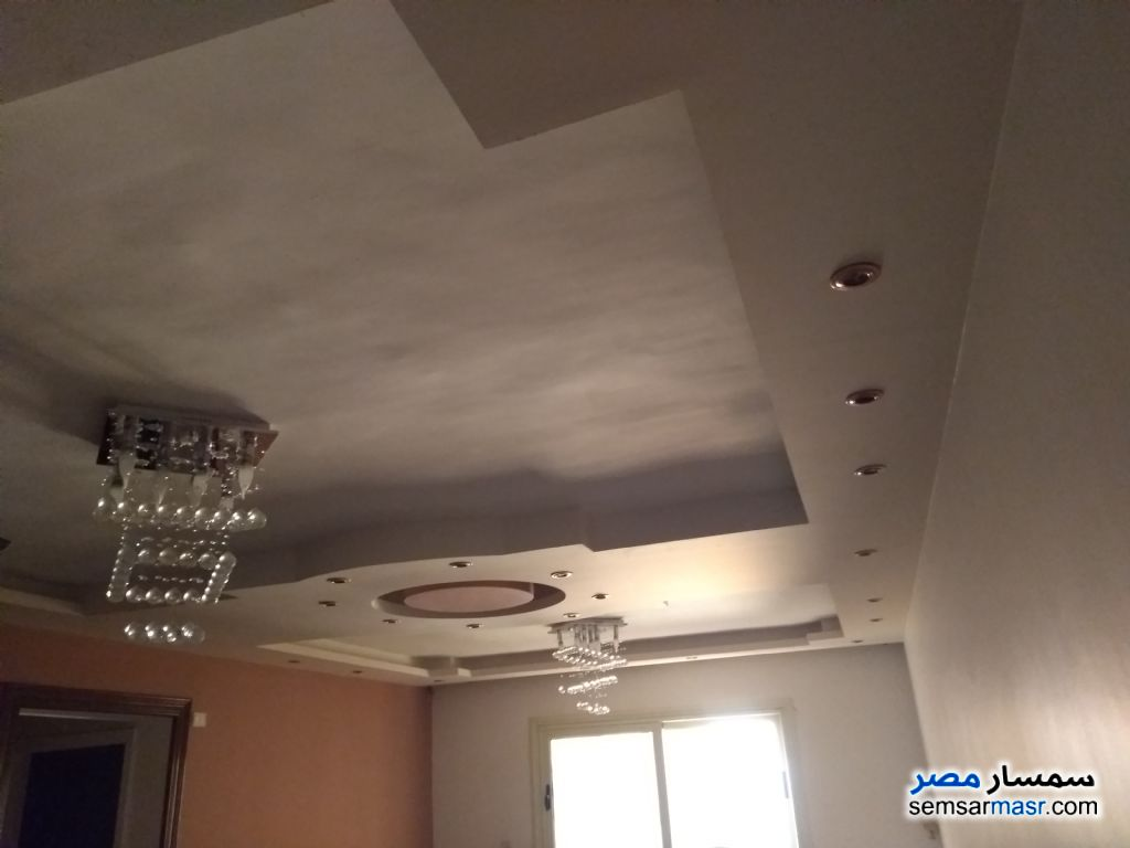 Photo 1 - Apartment 3 bedrooms 2 baths 135 sqm extra super lux For Rent Maadi Cairo