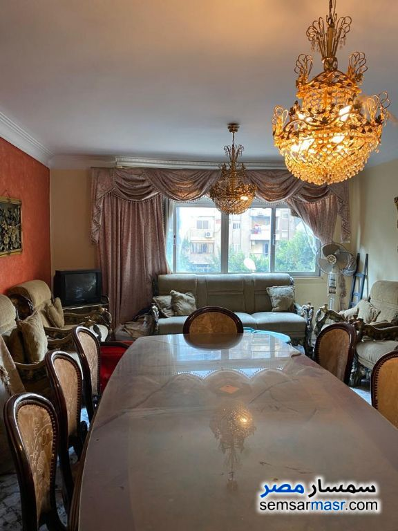 Ad Photo: Apartment 3 bedrooms 1 bath 135 sqm lux in Heliopolis  Cairo