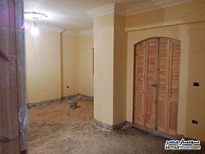 Ad Photo: Apartment 3 bedrooms 2 baths 140 sqm semi finished in Hadayek Helwan  Cairo