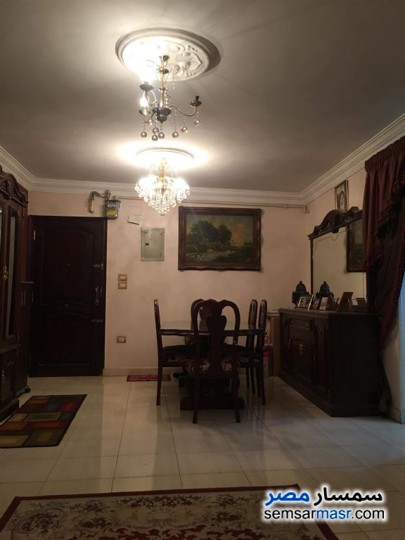 Photo 3 - Apartment 3 bedrooms 1 bath 140 sqm extra super lux For Sale Maryotaya Giza