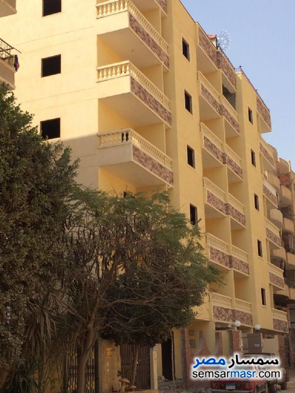 Photo 1 - Apartment 3 bedrooms 2 baths 140 sqm semi finished For Sale Hadayek Al Ahram Giza