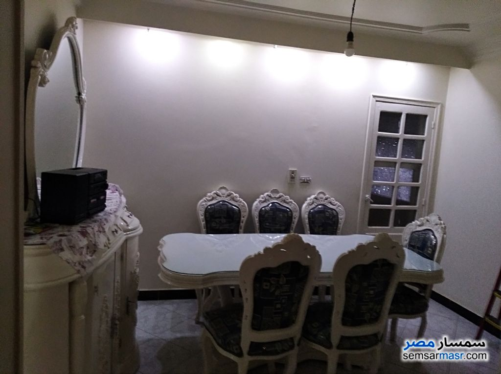Photo 4 - Apartment 3 bedrooms 2 baths 140 sqm extra super lux For Sale Tersa Giza