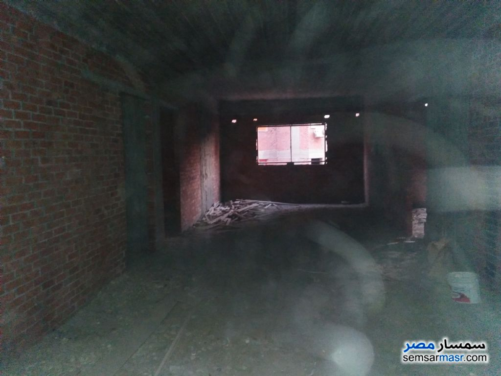 Photo 2 - Apartment 3 bedrooms 2 baths 150 sqm without finish For Sale Hadayek Helwan Cairo