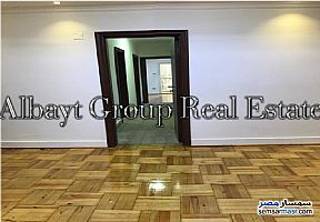 Ad Photo: Apartment 4 bedrooms 2 baths 150 sqm super lux in Dokki  Giza