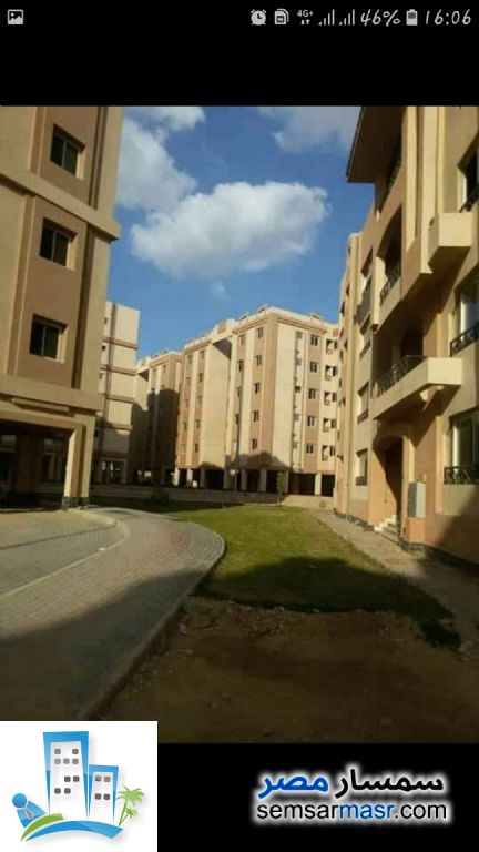 Ad Photo: Apartment 3 bedrooms 3 baths 155 sqm semi finished in October Gardens  6th of October