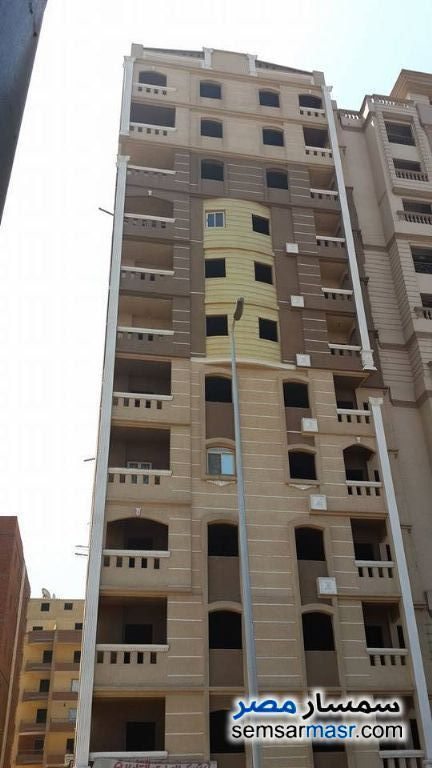 Ad Photo: Apartment 3 bedrooms 2 baths 160 sqm semi finished in El Basatin  Cairo