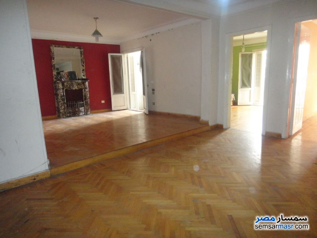 Photo 1 - Apartment 3 bedrooms 1 bath 160 sqm super lux For Rent Kafr Abdo Alexandira