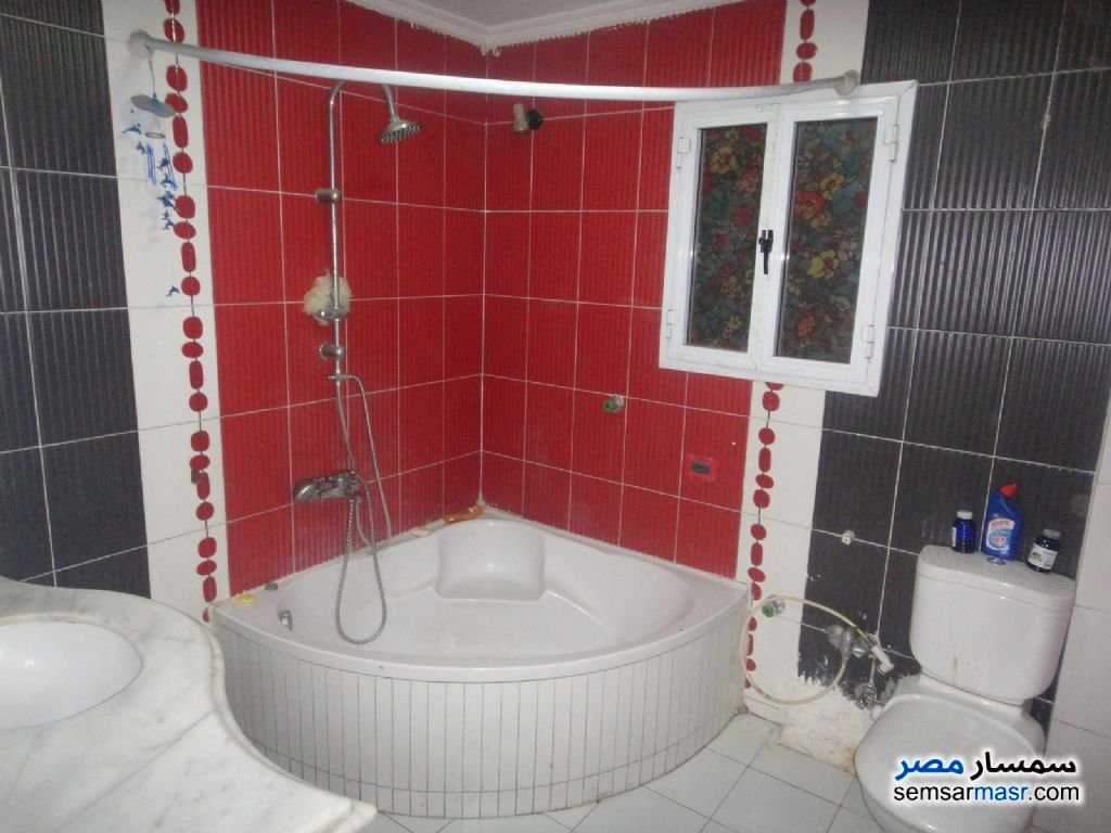 Photo 2 - Apartment 3 bedrooms 1 bath 160 sqm super lux For Rent Kafr Abdo Alexandira