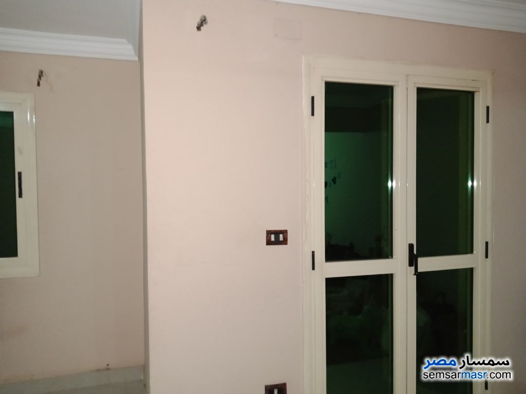 Photo 2 - Apartment 3 bedrooms 2 baths 160 sqm super lux For Sale Mokattam Cairo