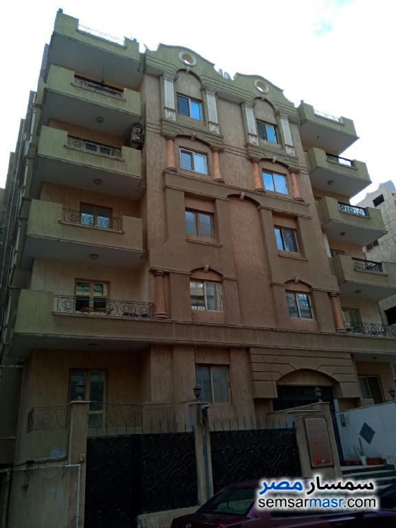 Photo 1 - Apartment 3 bedrooms 2 baths 160 sqm super lux For Sale Mokattam Cairo
