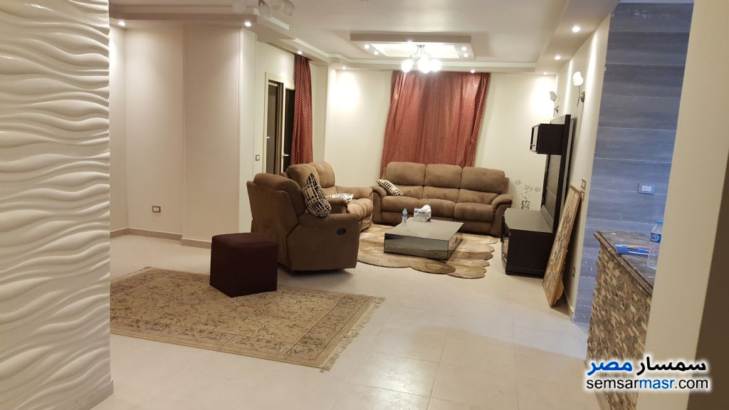 Photo 1 - Apartment 3 bedrooms 3 baths 170 sqm extra super lux For Sale El Basatin Cairo