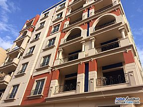 Ad Photo: Apartment 3 bedrooms 2 baths 165 sqm semi finished in Mokattam  Cairo