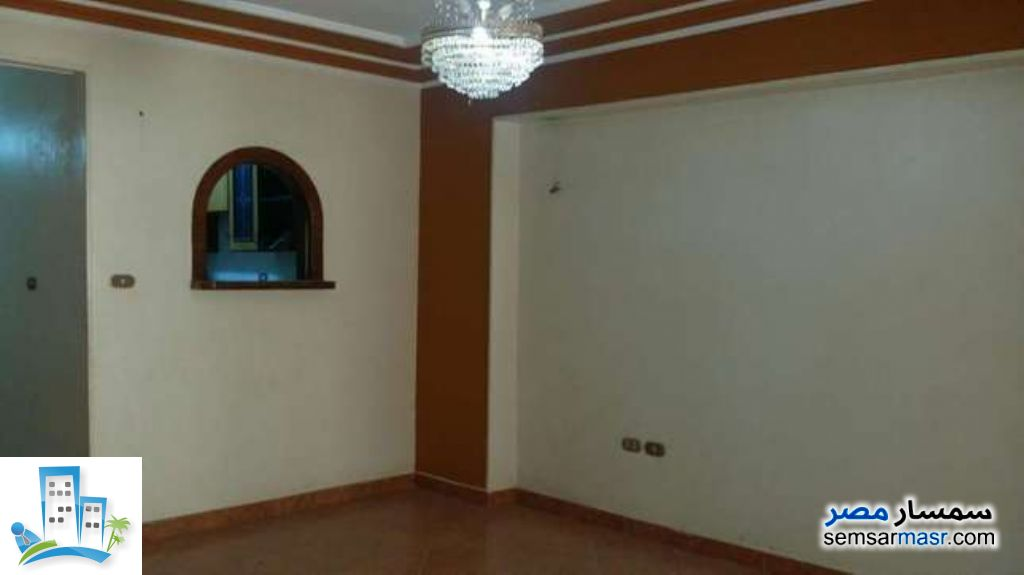 Ad Photo: Apartment 2 bedrooms 2 baths 165 sqm in Al Salam City  Cairo