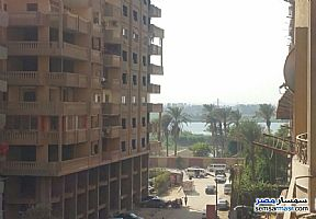 Ad Photo: Apartment 3 bedrooms 2 baths 165 sqm lux in Hadayek Helwan  Cairo