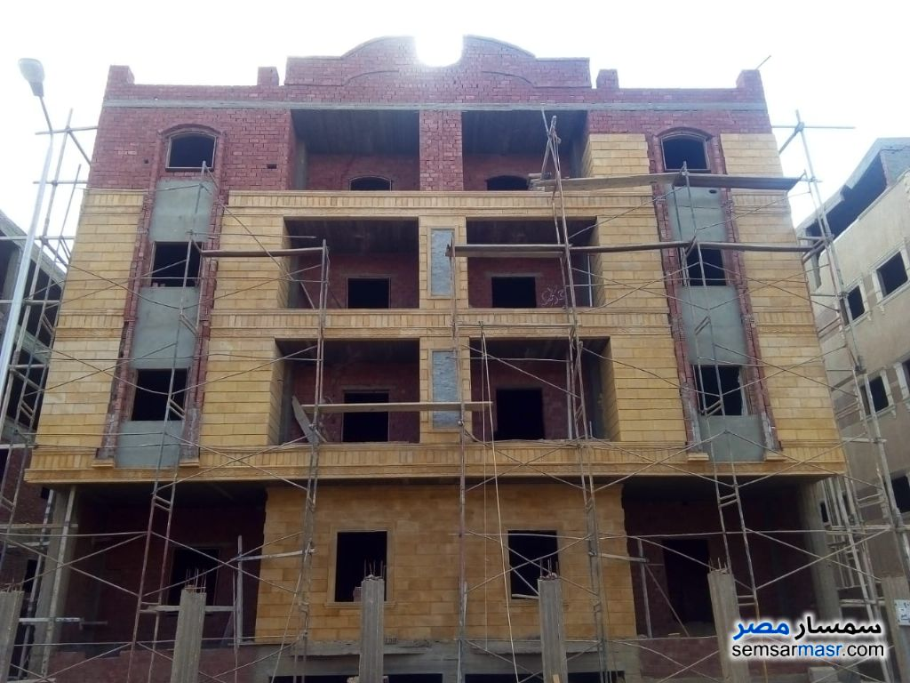 Ad Photo: Apartment 3 bedrooms 1 bath 155 sqm semi finished in New Cairo  Cairo