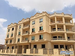 Ad Photo: Apartment 3 bedrooms 3 baths 166 sqm semi finished in Shorouk City  Cairo