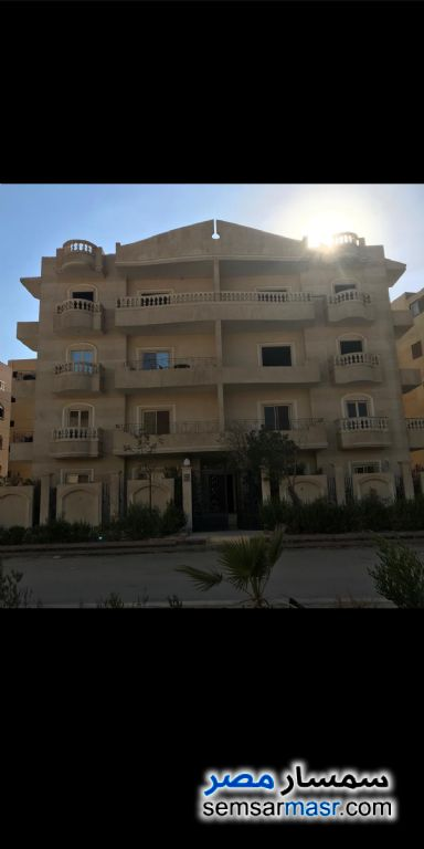 Ad Photo: Apartment 3 bedrooms 2 baths 170 sqm semi finished in Qalyubiyah