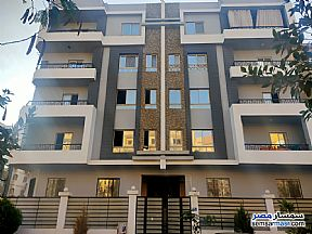 Ad Photo: Apartment 3 bedrooms 2 baths 170 sqm semi finished in Districts  6th of October