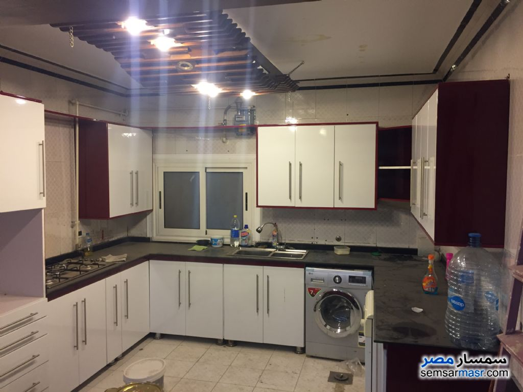 Photo 2 - Apartment 3 bedrooms 2 baths 170 sqm super lux For Sale New Nozha Cairo