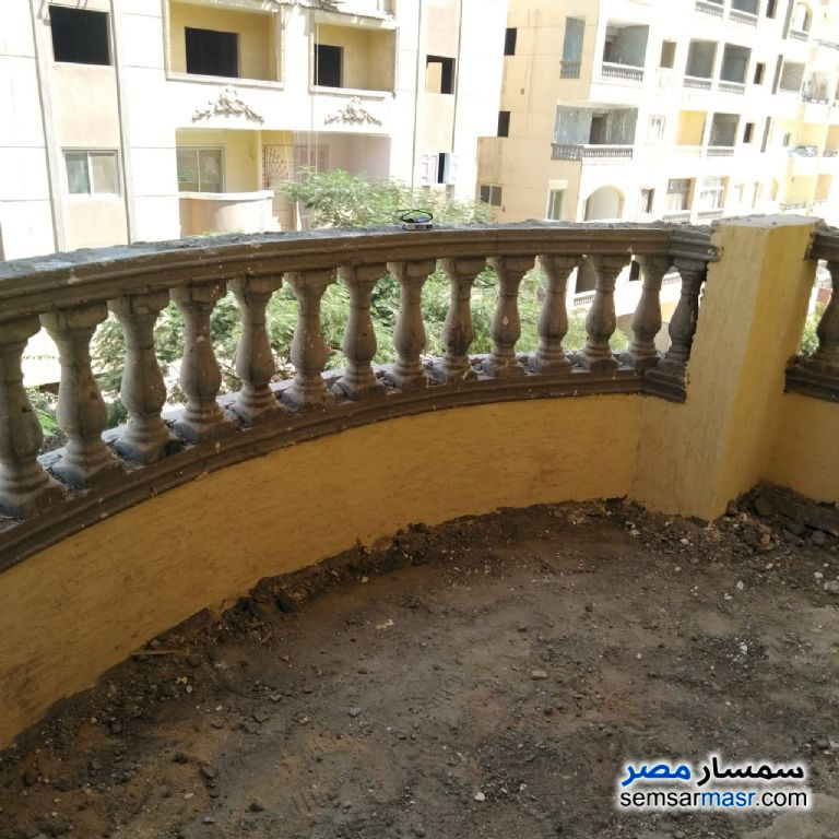 Photo 2 - Apartment 3 bedrooms 2 baths 173 sqm semi finished For Sale Hadayek Al Ahram Giza