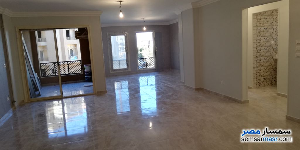 Photo 4 - Apartment 3 bedrooms 2 baths 175 sqm extra super lux For Sale Fifth Settlement Cairo