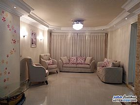 Ad Photo: Apartment 3 bedrooms 2 baths 180 sqm extra super lux in Haram  Giza