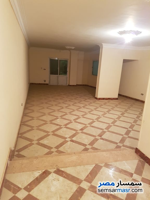 Photo 1 - Apartment 3 bedrooms 2 baths 180 sqm lux For Sale Kafr Tohormos Giza