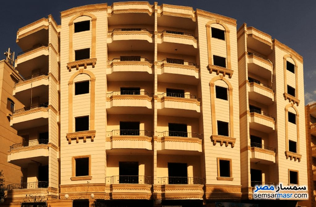 Photo 1 - Apartment 3 bedrooms 2 baths 185 sqm semi finished For Sale Hadayek Al Ahram Giza