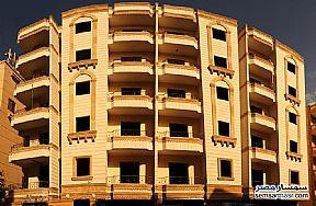 Apartment 3 bedrooms 2 baths 185 sqm semi finished For Sale Hadayek Al Ahram Giza - 1