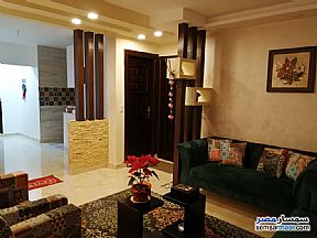 Ad Photo: Apartment 3 bedrooms 2 baths 190 sqm extra super lux in Hadayek Helwan  Cairo