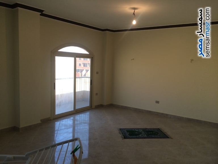 Photo 2 - Apartment 3 bedrooms 2 baths 190 sqm extra super lux For Sale El Ubour City Qalyubiyah