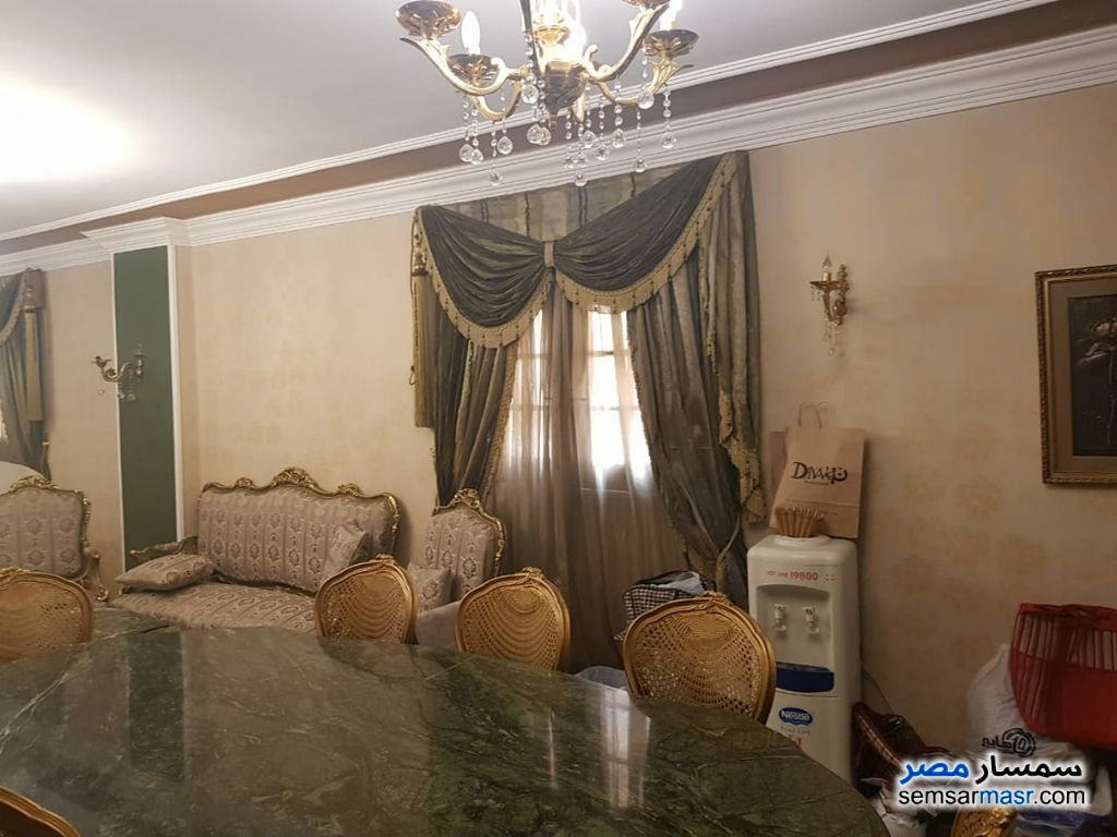 Photo 2 - Apartment 3 bedrooms 2 baths 195 sqm extra super lux For Sale Hadayek Al Ahram Giza