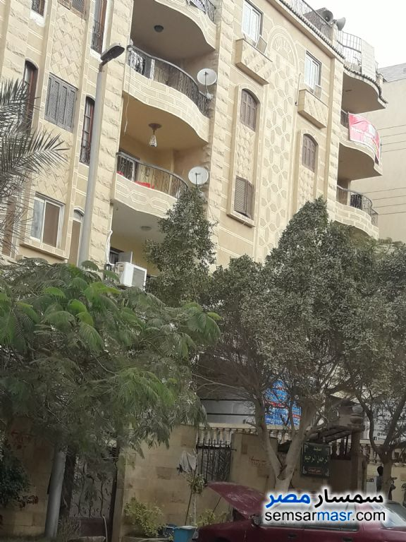Photo 3 - Apartment 3 bedrooms 2 baths 195 sqm semi finished For Sale Hadayek Al Ahram Giza