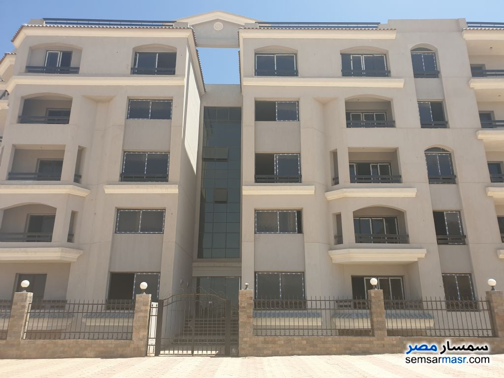 Photo 3 - Apartment 3 bedrooms 2 baths 197 sqm semi finished For Sale New Heliopolis Cairo