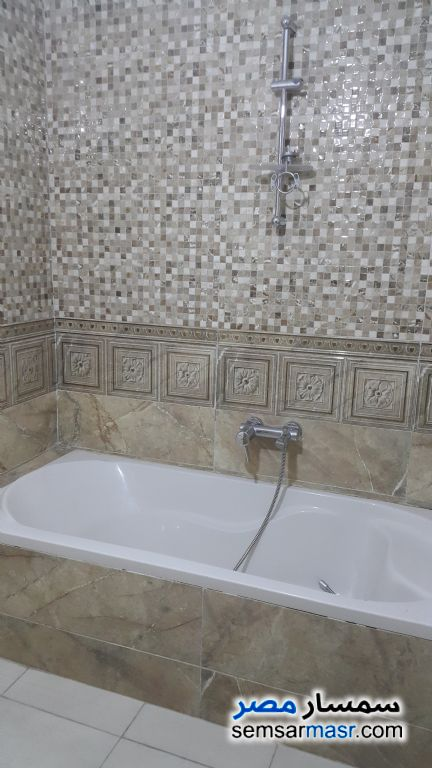 Photo 7 - Apartment 3 bedrooms 3 baths 200 sqm extra super lux For Rent Maadi Cairo