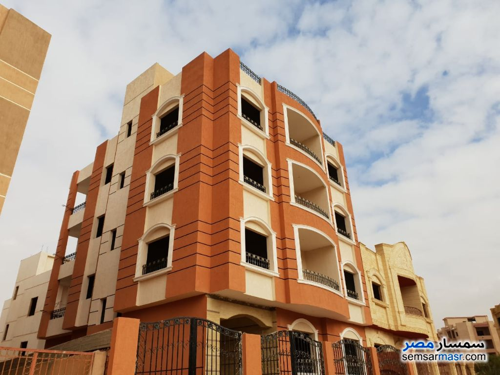 Photo 1 - Apartment 3 bedrooms 3 baths 200 sqm semi finished For Sale Shorouk City Cairo