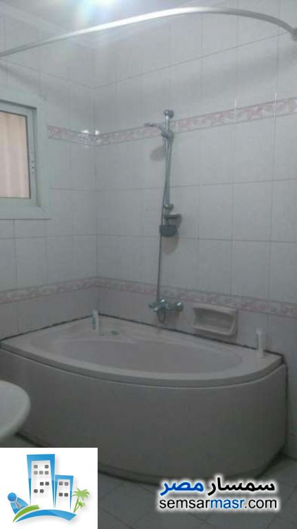 Photo 5 - Apartment 3 bedrooms 2 baths 200 sqm super lux For Sale Haram Giza
