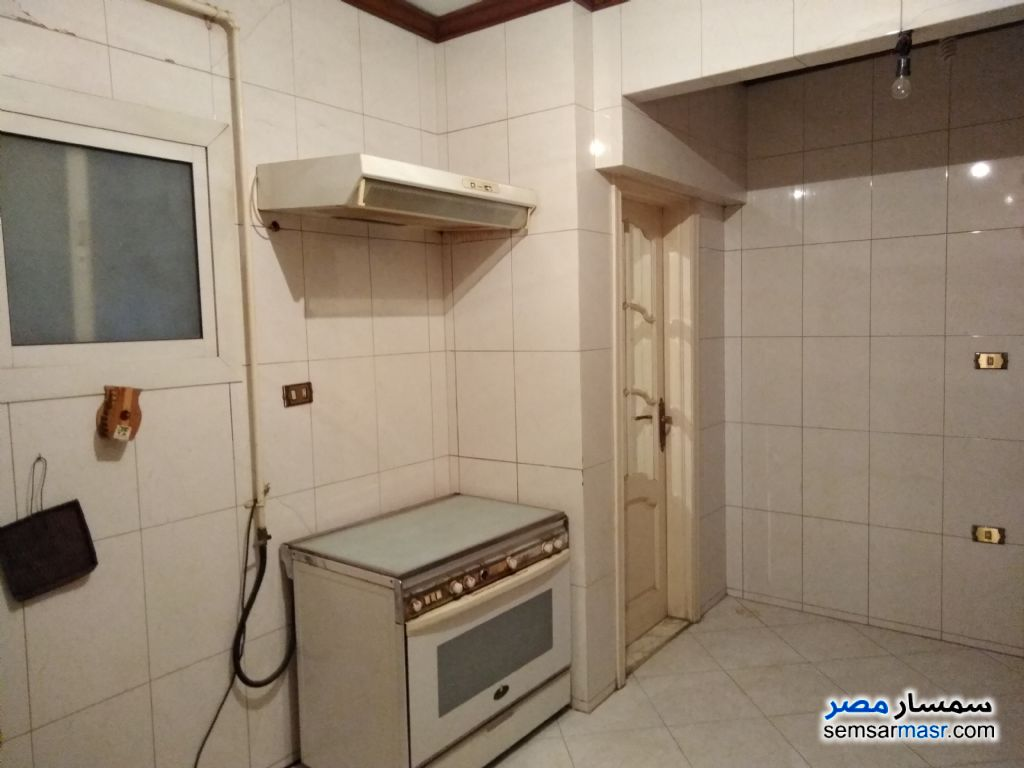 Photo 10 - Apartment 3 bedrooms 2 baths 200 sqm super lux For Sale Haram Giza