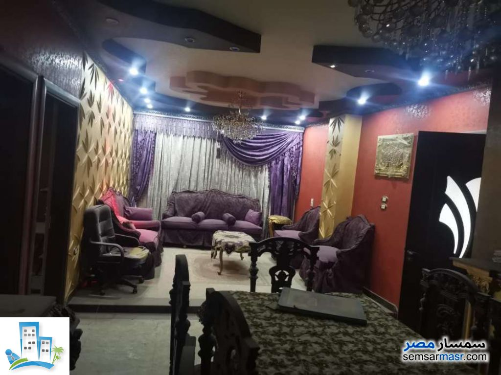 Ad Photo: Apartment 3 bedrooms 3 baths 210 sqm extra super lux in Shubra El Kheima  Qalyubiyah