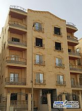 Ad Photo: Apartment 3 bedrooms 3 baths 217 sqm without finish in First Settlement  Cairo