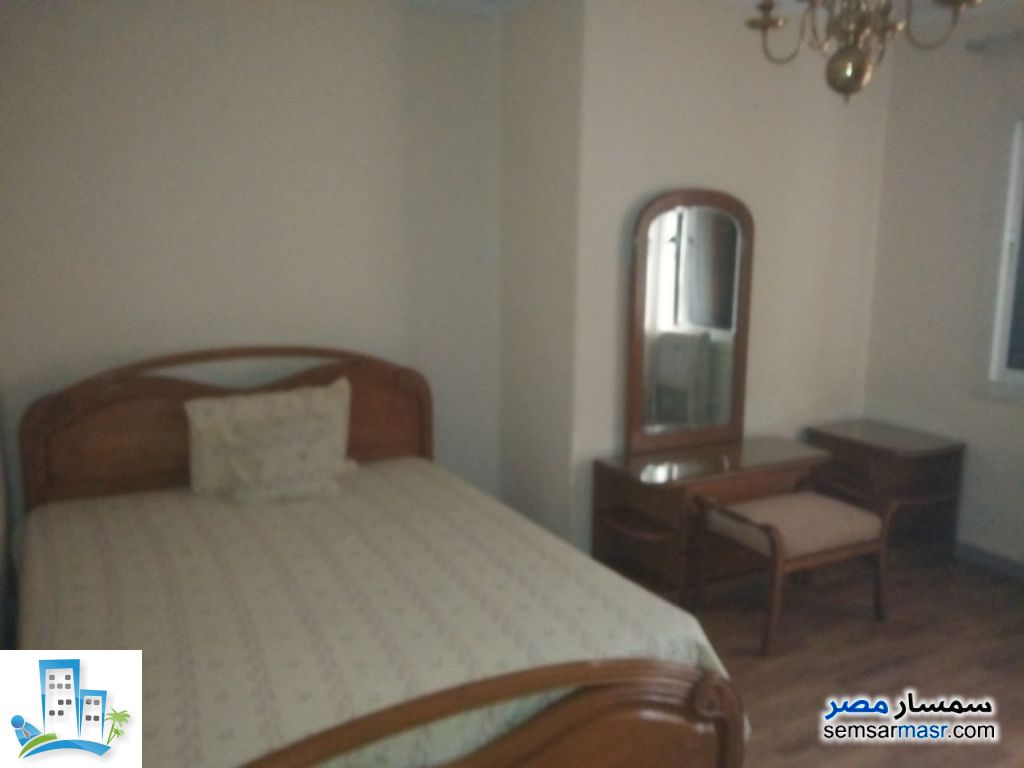 Ad Photo: Apartment 3 bedrooms 2 baths 220 sqm super lux in Dokki  Giza